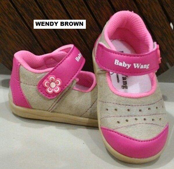 #Sepatu Anak Baby Wang (Wendy brown) ~ 105ribu ~ Size : Ukuran Sol dalam (panjang kaki anak) : No. 3 : Sol 13cm (Umur 1 - 1,5 thn) No. 4 : Sol 13,5cm (Umur 1,5 - 2thn) No. 5 : Sol 14cm (Umur 2 - 2,5 thn) No. 6 : Sol 14,5cm (Umur 2,5 - 3thn)