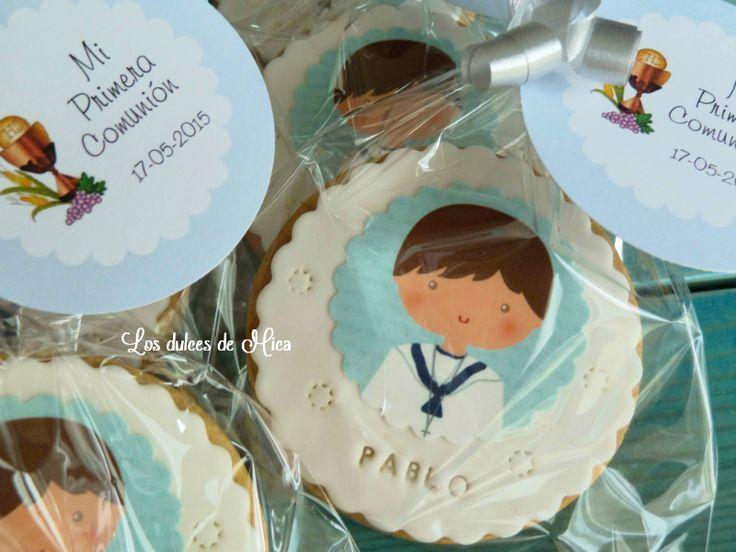 Galletas caseras decoradas con papel de azúcar para la Primera Comunión de Pablo.