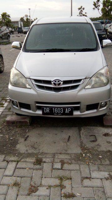 Sewa Mobil Lombok - DOcar