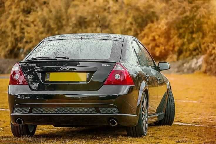 Back of Black amazing Ford Mondeo MK3 ST220 #ST #RS 3.0 V6 5 Doors