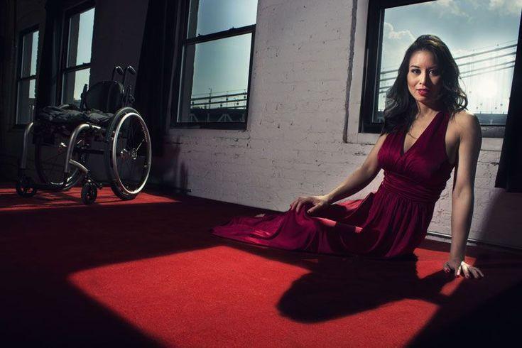 Hanno perso un braccio o una gamba, in alcuni casi entrambi. Sono paraplegiche dalla nascita o costrette su una sedia a rotelle per colpa di un incidente.