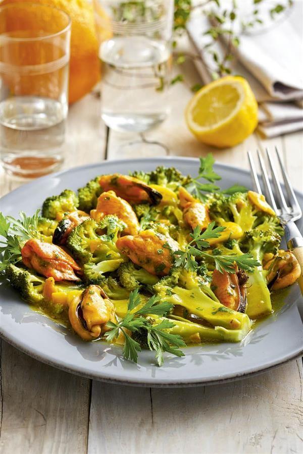 15 recetas con brócoli para los (NO) fans de la verdura Vegetarian Recepies, Vegan Vegetarian, Healthy Recipes, Food Challenge, Food To Make, Food And Drink, Veggies, Healthy Eating, Yummy Food