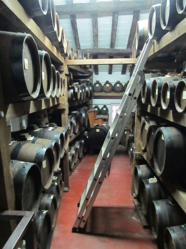 Tradizional #Balsamic Vinegar of Modena PDO 25 years old http://bit.ly/1rmtyJL