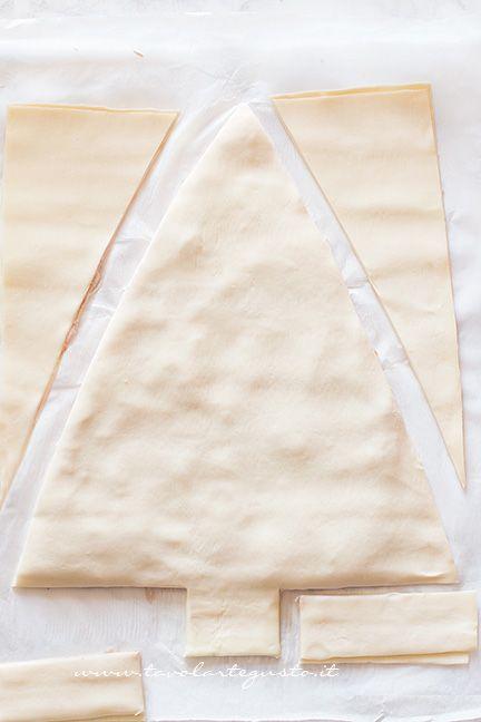 Come fare l'albero di pasta sfoglia (3) - Ricetta Albero di Natale di pasta Sfoglia