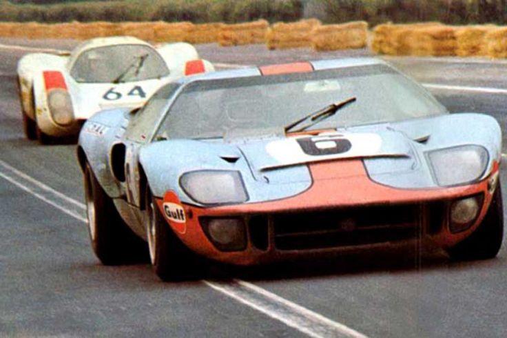 24 heures du Mans 1969 - Ford GT40 #6 - Pilotes : Jacky Ickx / Jackie Oliver - 1er et la Porsche 908 Hans Herman / Gerard Larrousse - 2 eme.