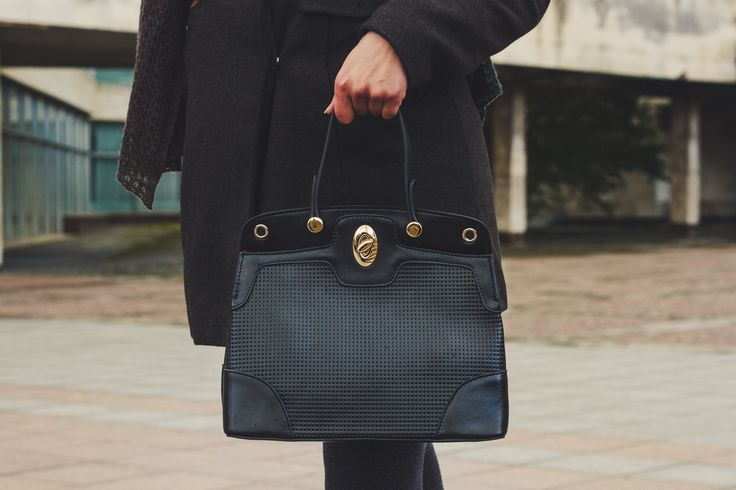 Looks like yours 👻🍓 #bag #fashion