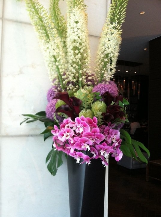 by Paul Robertson Floral Design. My favorite floral designer in San Francisco. nickieprice