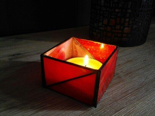Kaarsenhouder van rood glas