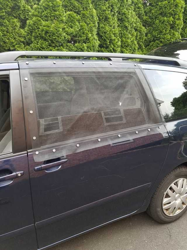 Imgur Toyota Sienna Mini Van Minivan Camper Conversion