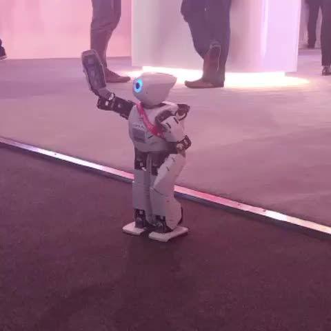 Un robot que funciona con el sistema operativo Ubuntu #MWC16