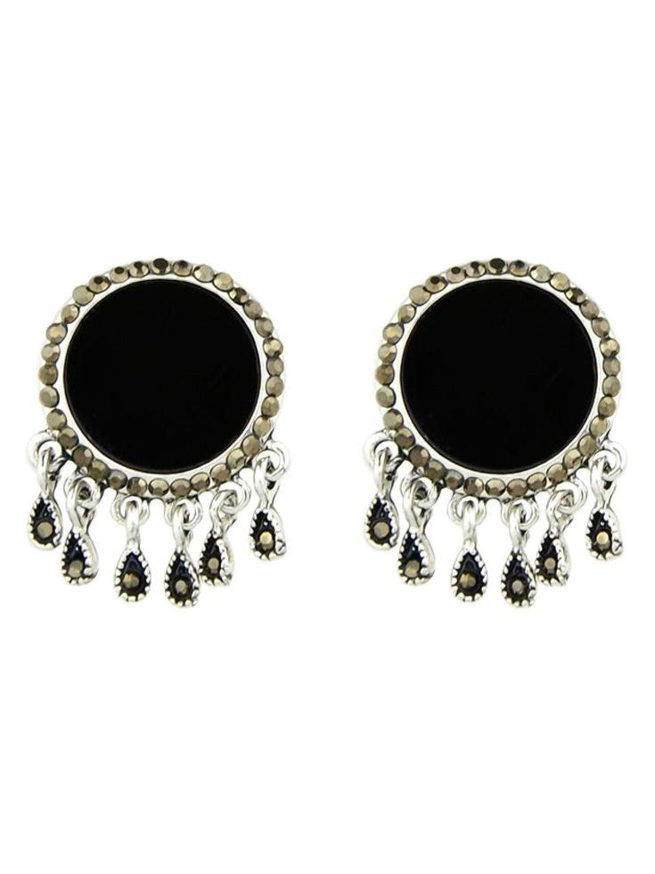 No Stone. Silver colored metal. Dangle Perfect choice for Cute wear. Designed in Black.