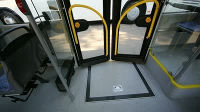 stock-footage-view-on-closed-wheelchair-ramp-in-modern-bus-during-the-day.jpg (400×224)