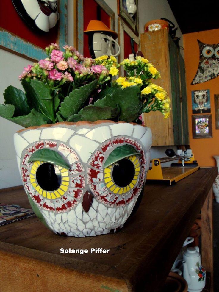 love this mosaic owl planter