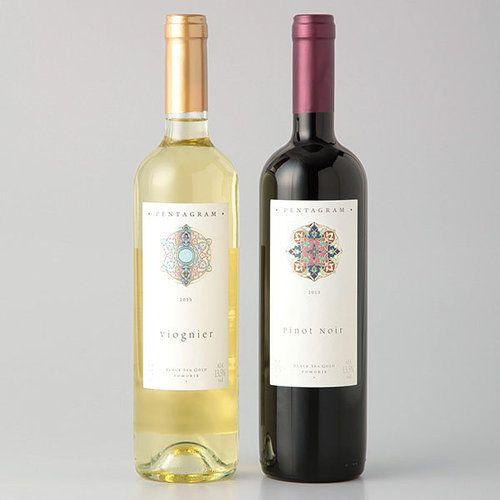 ヨーロッパのリゾート地としても知られる黒海地方で作られるワインは、糖度が高くエネルギッシュで味わい深いワインとして定評があります。パワフルさと華やかさをあわせ持つ贈りものにおすすめのワインセットです。