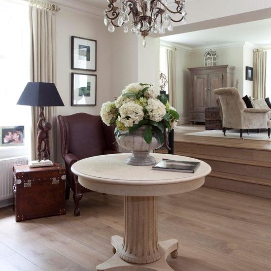 We love oak furniture. Like and repin!