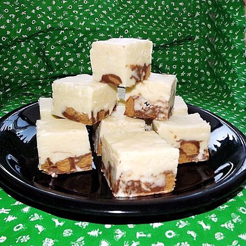 Peanut Butter Cup White Fudge