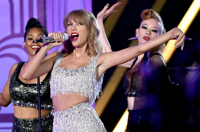 Chart Highlights: Taylor Swift Tops Adult Pop Songs, Sam Smith Rules Adult R&B | Billboard