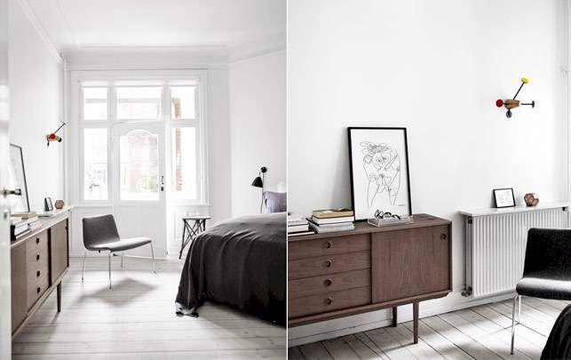 Oplev den smukke, herskabelige Østerbro-lejlighed fyldt med klassisk danskbrugskunst og design.