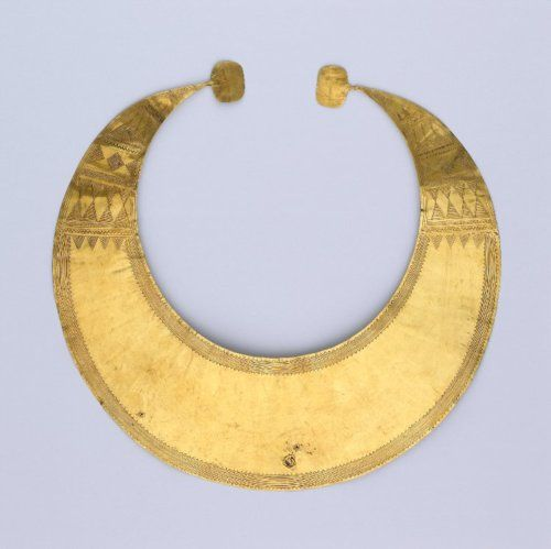 old school! Gold lunula   2400 BC-2000 BC, Found in Ireland   Late Neolithic/Early Bronze Age