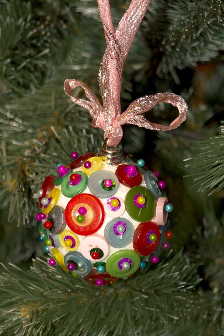 новогодний шар, новогодняя игрушка, шарик из пуговиц