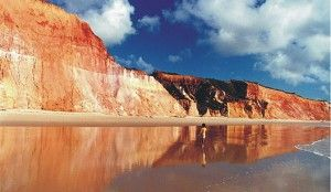 cliffs in Dunas de Marapé - Jequiá da Praia, near Barra de São Miguel, Alagoas