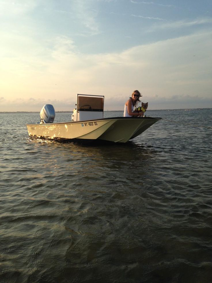 Spending time on a 1972 Boston Whaler Katama was the perfect gift for Cody's 13th birthday.  #WaggingWhalerWednesday