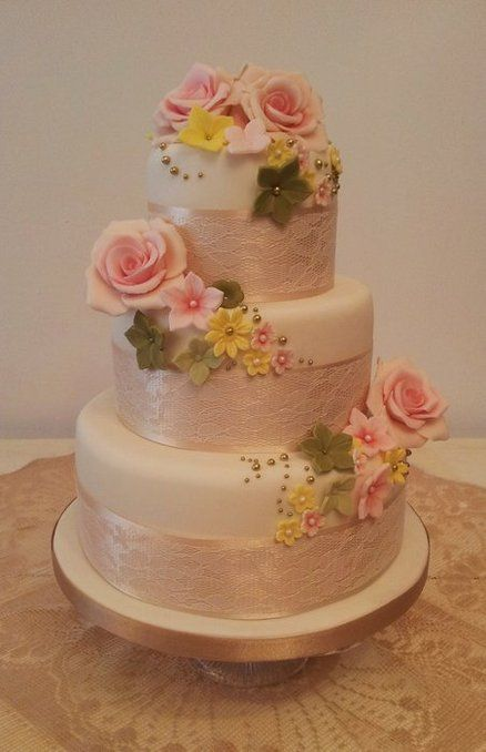 3 Tier vintage rose wedding cake, with sugar flower detail :o)
