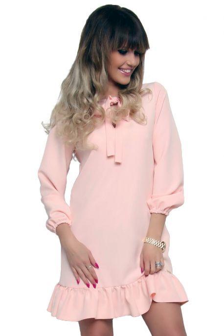 Elegancka sukienka falbanka pudrowy róż od CosmosModa // kup teraz! // modne zakupy online //