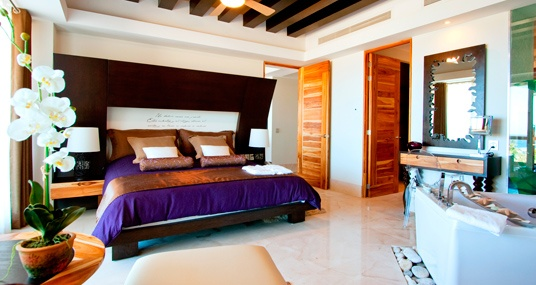 La Tranquila All Suites & Beach Resort.-  La Tranquila Punta de Mita offers an elevated sense of refinement, opulence and style in a setting of contemporary stylish design, modern services and amenities, and the latest in state-of-the-art technology.
