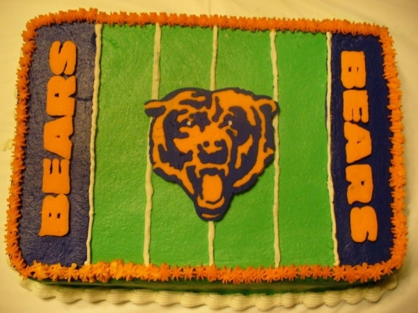 Chicago Bears Football- this would be my ultimate birthday cake :)