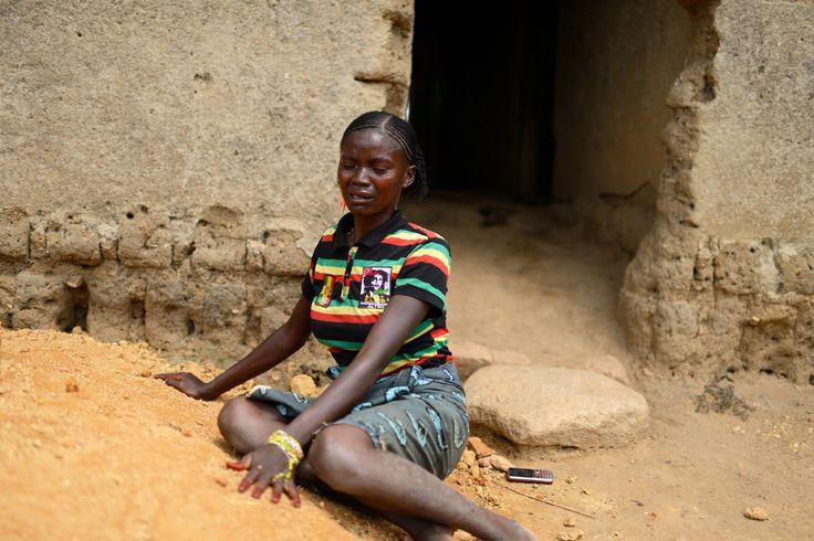 Ebola Outbreak in Western Africa, 2014 - by Samuel Aranda (1979), Spanish