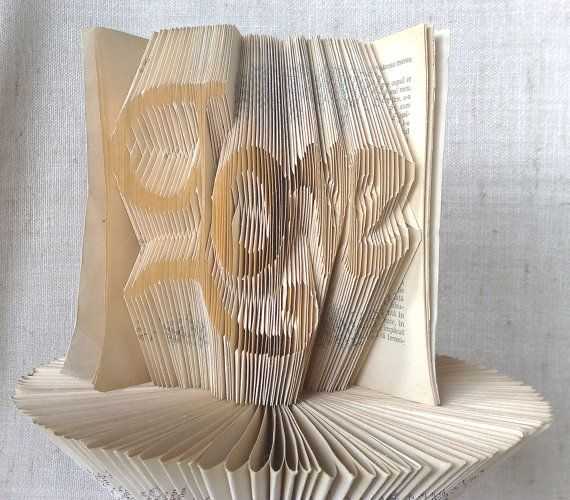 Book folding pattern and FREE Tutorial  Love  by PatternsStore