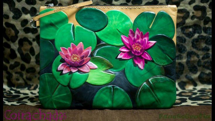 Bolso de cuero dibujo flor de loto. Handbag leather with lotus flower