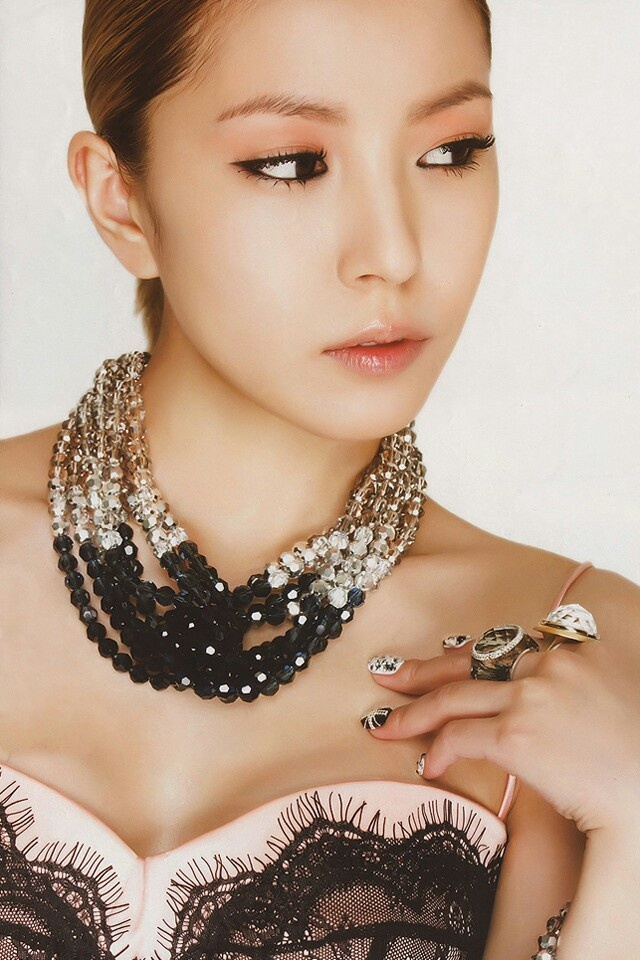 BoA/Kwon Bo Ah (Athena: Goddess of War, Waiting for Love)