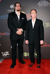 . LAS VEGAS, NV - JUNE 19: Penn Jillette (L) and Teller of the comedy/magic team Penn & Teller arrive at the 38th Annual Daytime Entertainment Emmy Awards held at the Las Vegas Hilton on June 19, 2011 in Las Vegas, Nevada. (Photo by David Becker/Getty Images)