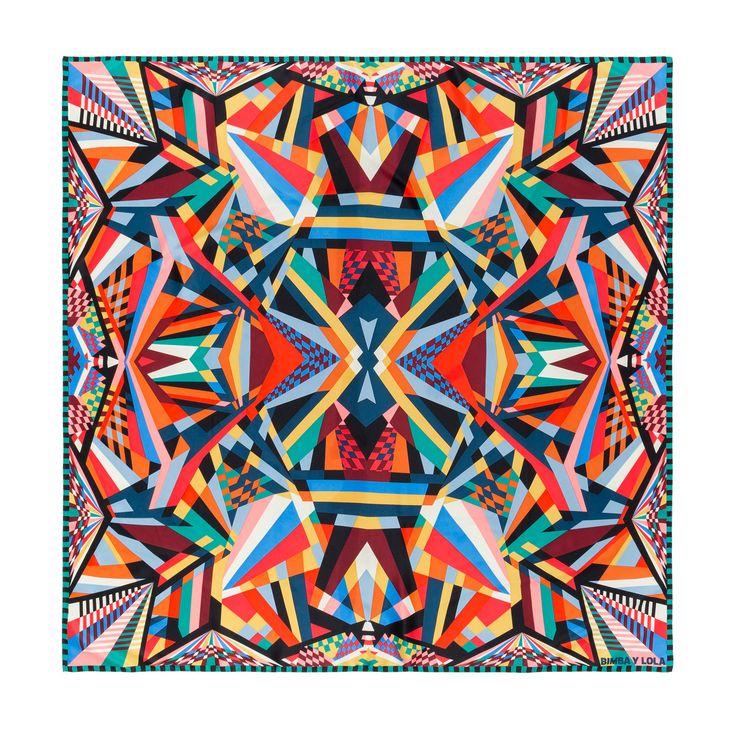 Red kaleidoscope scarf | BIMBA Y LOLA ®