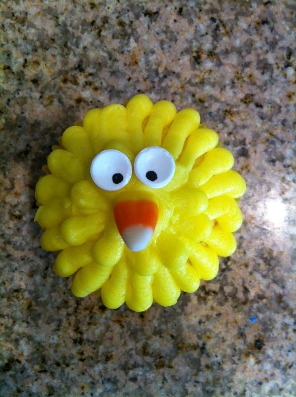 Big Bird Cupcakes