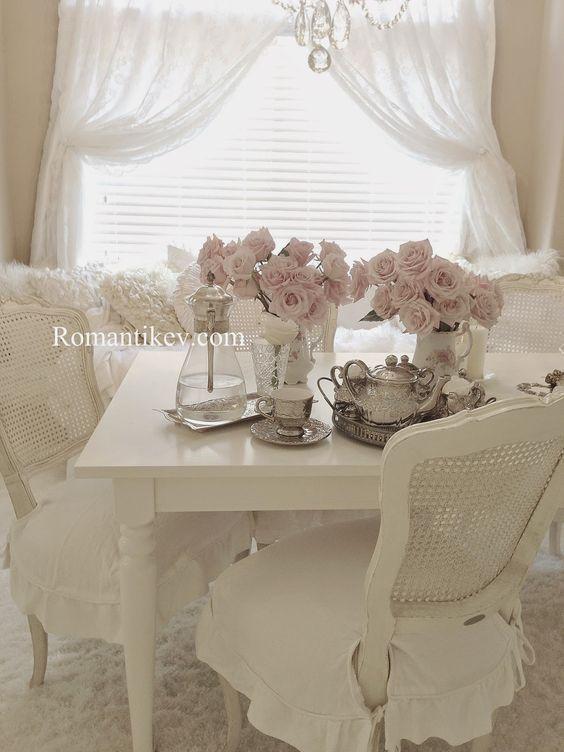 Die besten 25+ Romantisches schlafzimmer dekor Ideen auf Pinterest - bemalte mobel romantischen motiven
