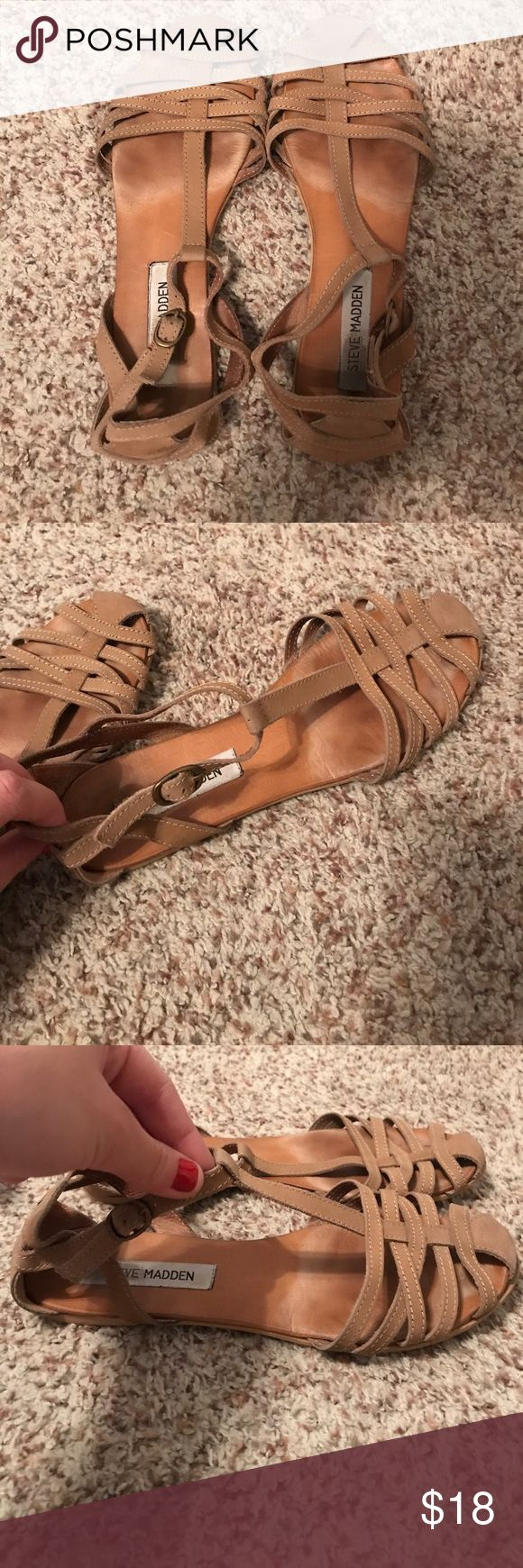 Steve Madden tan flats! Steve Madden, tan flats, size 8 Steve Madden Shoes Flats & Loafers