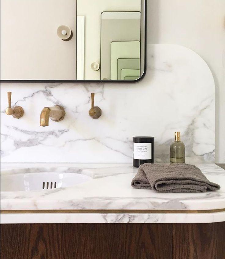 Stunning sneak peek of a new project from @decus_interiors , using Calacatta marble #cdkstone #calacatta #calacattamarble #marble #naturalstone #naturalbeauty #naturesmasterpiece #designstyle #designinspiration