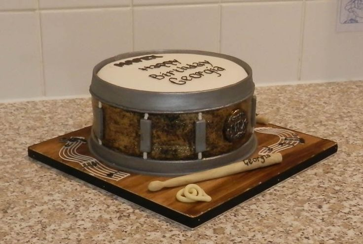 #SnareDrum Novelty Cake Packed full of Chocolaty Goodness #Beccles
