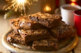 Chewy chocolate oat squares recipe - goodtoknow