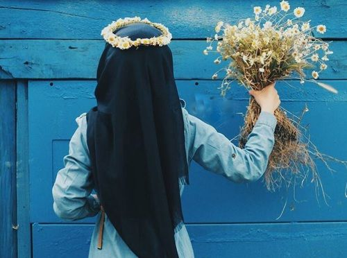 blue, hijab, and daisy