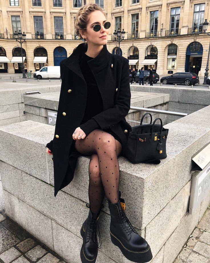 "379.9 mil curtidas, 1,376 comentários - Chiara Ferragni (@chiaraferragni) no Instagram: ""Au revoir Paris! So crazy to think these were my last fashion shows til next couture season in July…"""