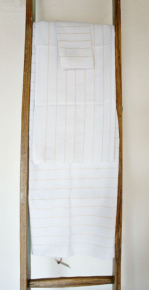 www.mexchic.co Image of Mexchic Cotton Bathroom Towel Set in Metallic Gold Stripe