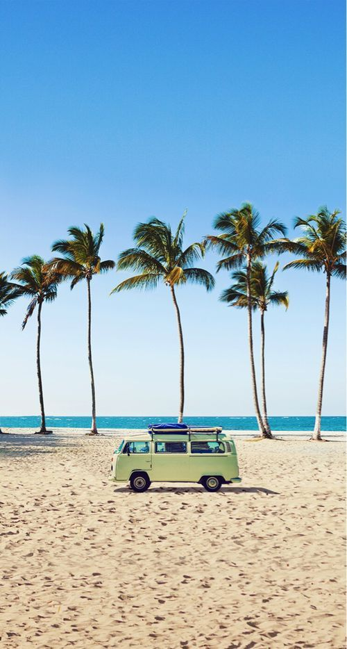 #Beach, #van, and major #summervibes... what more could you ask for? #travel #go