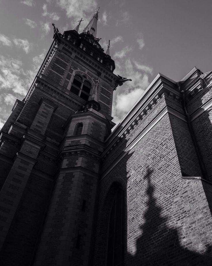 Tyska kyrkan #stockholm #sweden #bnw #shadows #gamlastan