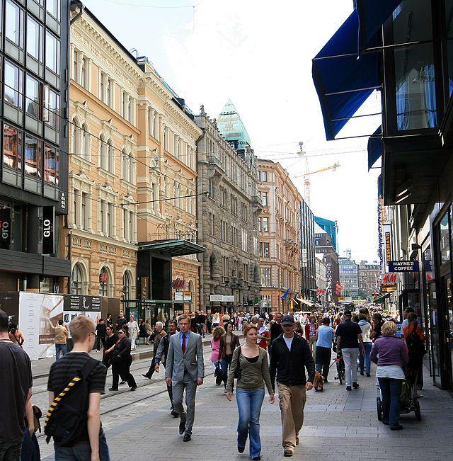 ヘルシンキの繁華街 Aleksanterinkatu Helsinki summer ◆フィンランド - Wikipedia http://ja.wikipedia.org/wiki/%E3%83%95%E3%82%A3%E3%83%B3%E3%83%A9%E3%83%B3%E3%83%89 #Finland
