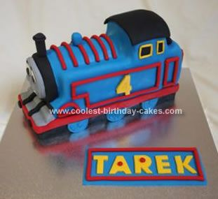 Homemade Thomas Birthday Cake: This is my 3rd attempt at a Thomas birthday cake.  I've learnt that the bigger the cake, the better to design it.  It gets more detail that way.  I made