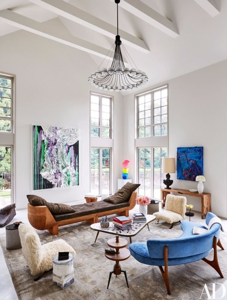 10 Striking Living Room Ideas To Take From Architectural Digest | Modern Sofas. Living Room Set. Velvet Sofa. Blue Sofa. #modernsofas #velvetsofas #architecturaldigest Read more: http://modernsofas.eu/2017/01/31/striking-living-room-ideas-architectural-digest/